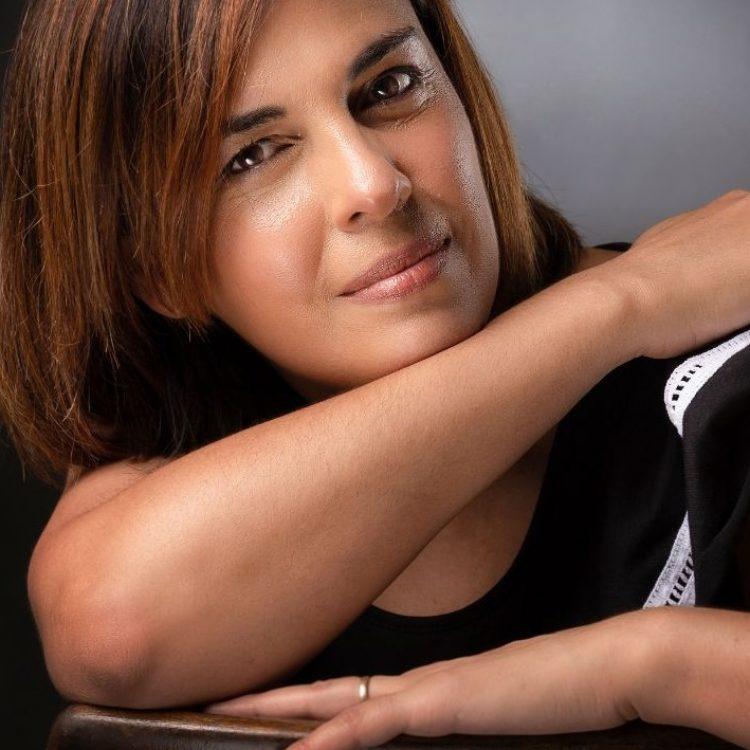 Ana Ghiglia1